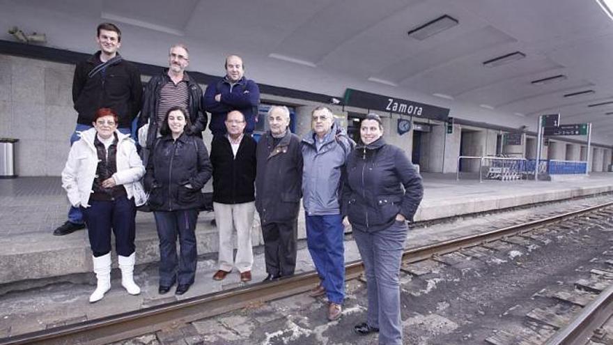 Luis Aliste, a finales del año pasado, en la estación de trenes de Zamora capital.