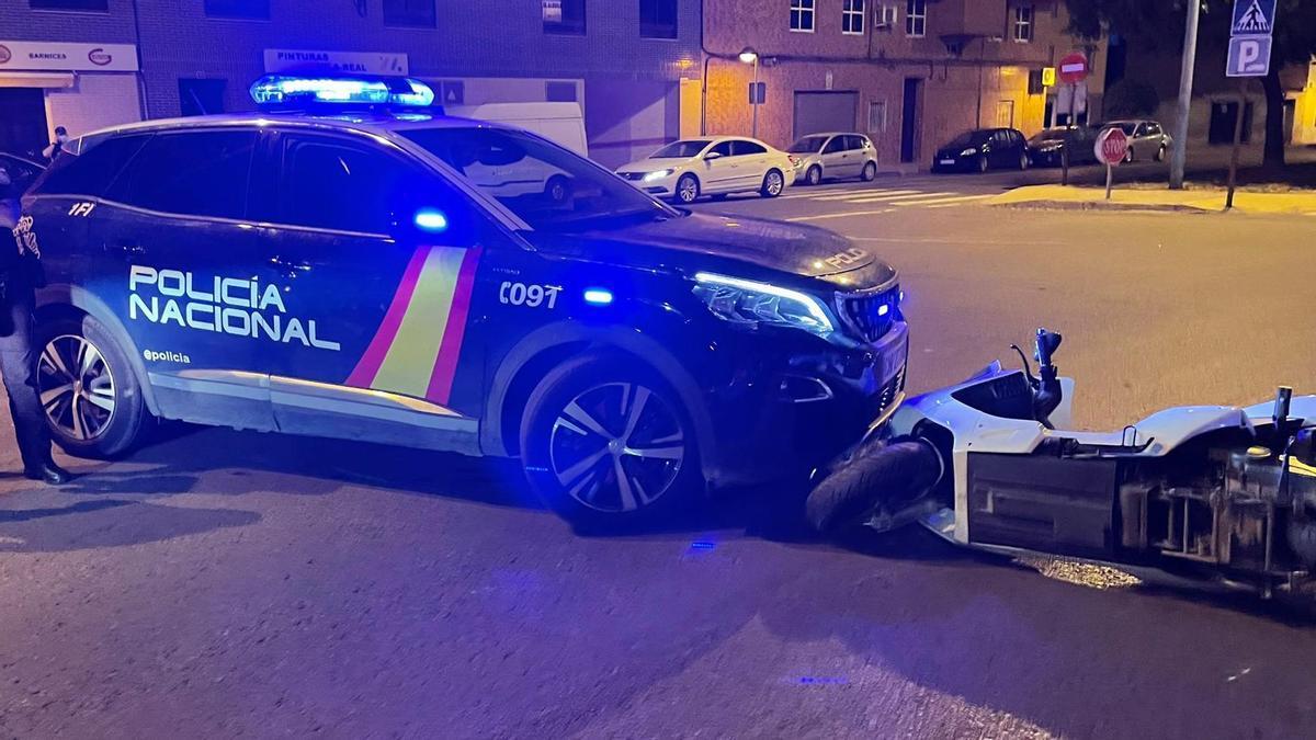 Imagen del accidente sucedido en la noche del martes en la Avenida Italia de Vila-real.