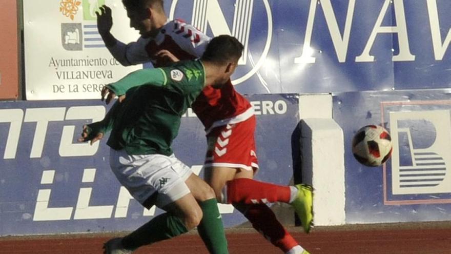 Mackay permite sobrevivir al Murcia