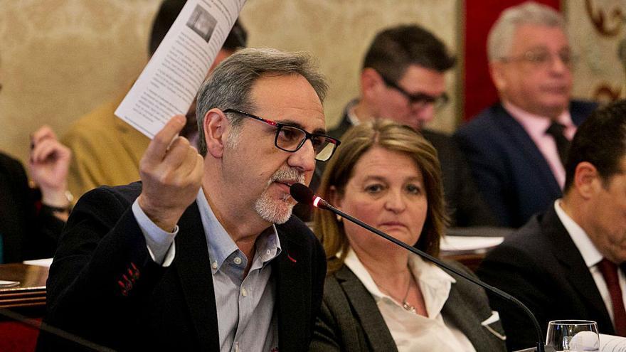 Intervención afea al bipartito que aumente las subvenciones a las fiestas pese a la pandemia