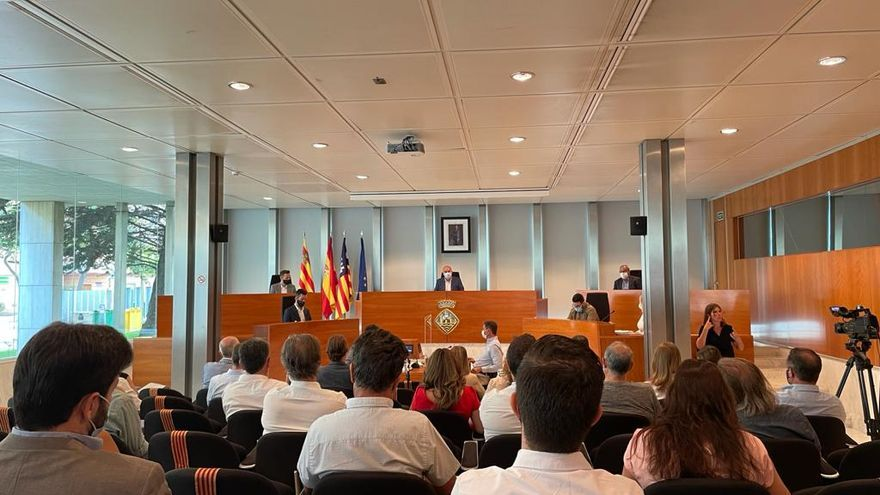 """El PSOE exige al Consell propuestas """"serias"""" y no """"ocurrencias"""" para combatir las fiestas ilegales"""