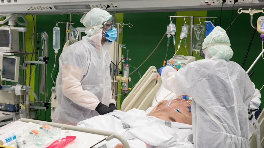 Bajan un 15% los pacientes ingresados por coronavirus en solo 24 horas
