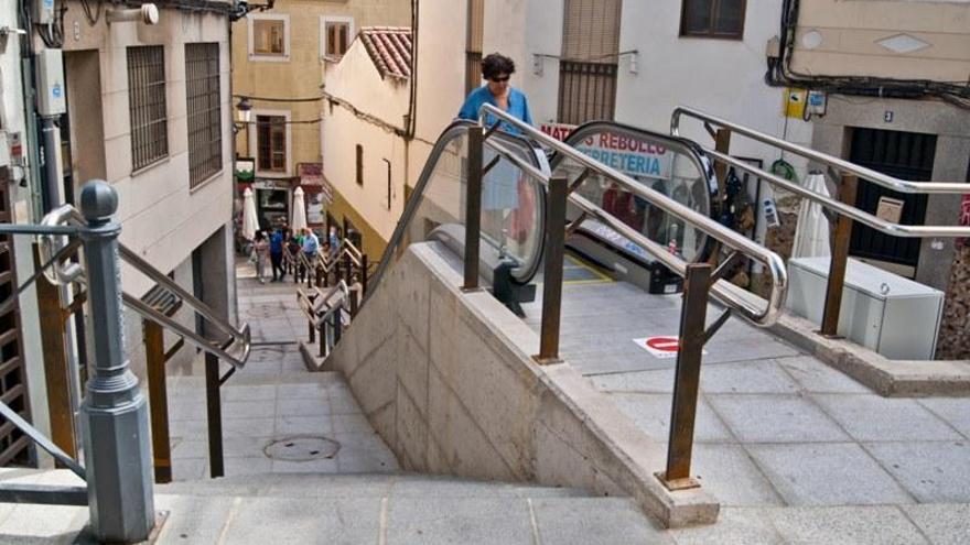 El juzgado pide informes a la Junta y al ayuntamiento sobre Alzapiernas