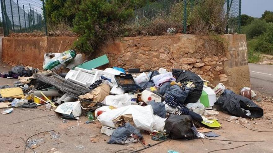 El aumento incontrolado de residuos hace adelantar en Sagunt el refuerzo de  limpieza