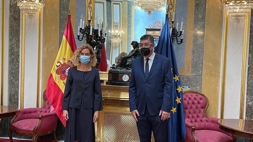 Morera urge al Congreso a agilizar la recuperación del derecho foral valenciano