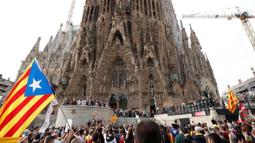 El acceso a la Sagrada Familia, bloqueado