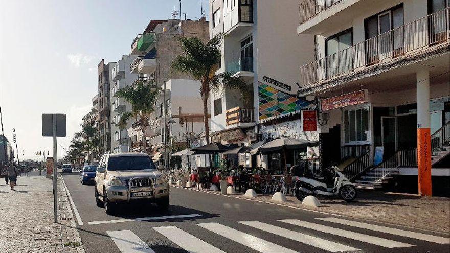 El informe 'Lanzarote en cifras' constata la desaparición de 456 empresas durante el último año