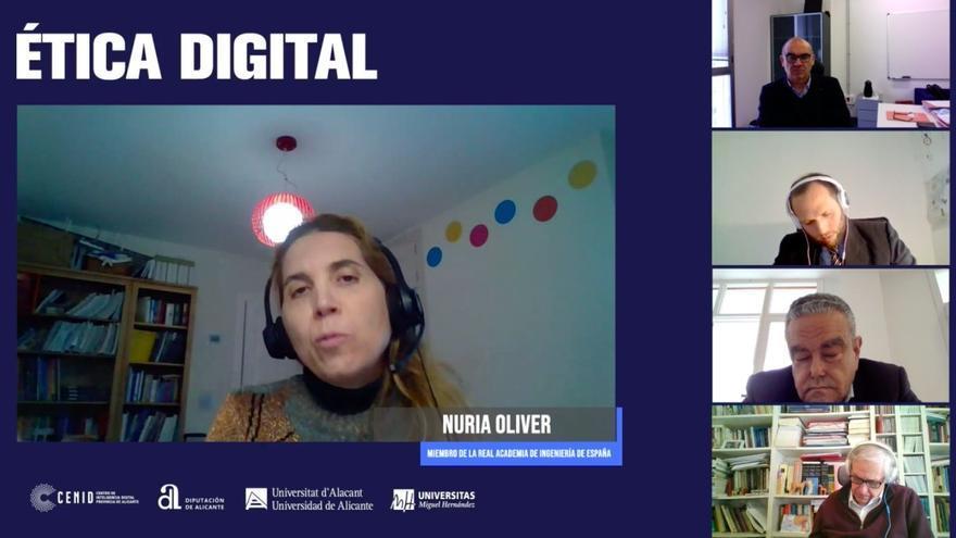 Expertos abordan los desafíos de la ética en la sociedad digital