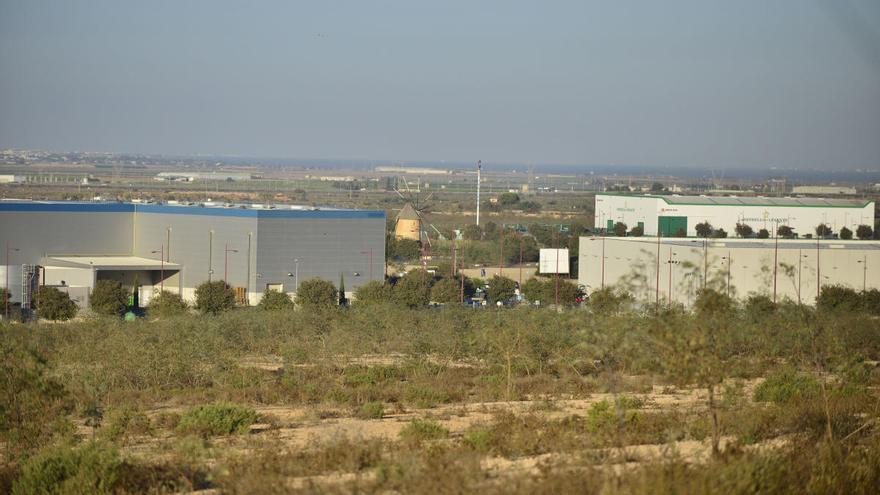 La APC presenta a SEPES su propuesta de compra de los terrenos para la ZAL de Los Camachos