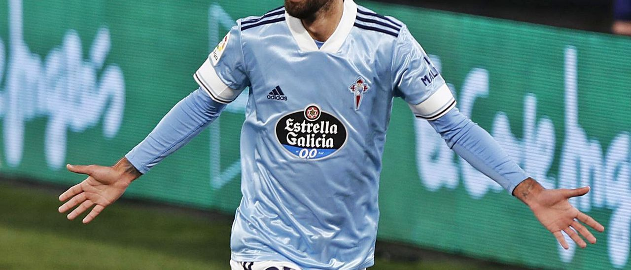 Brais Méndez celebra el gol que dio el empate al Celta ante el Eibar el pasado domingo. |  // MARTA G.BREA
