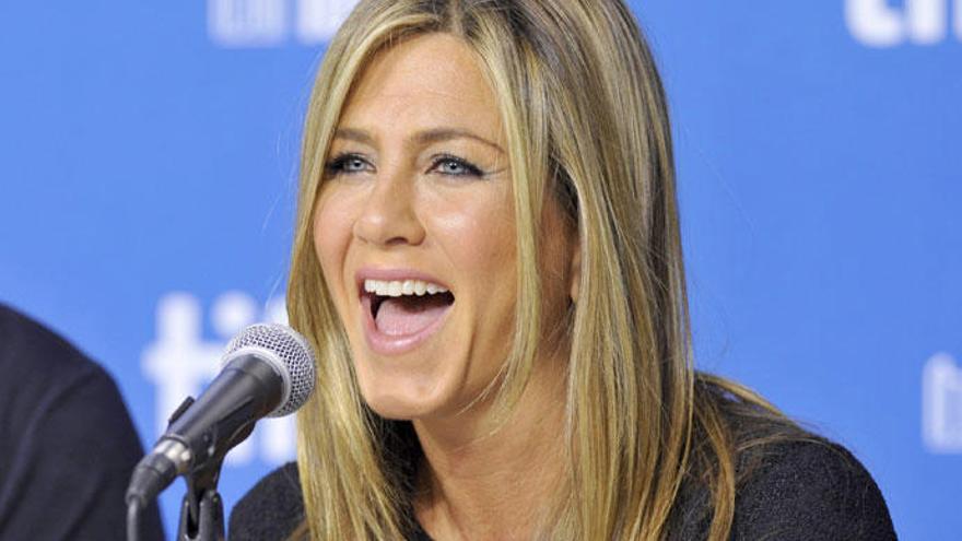 Jennifer Aniston da esperanzas a los nostálgicos de 'Friends'