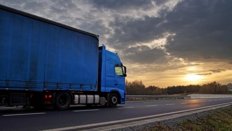 Un conductor sorprende a un ladrón en la cabina de su camión en Benavente