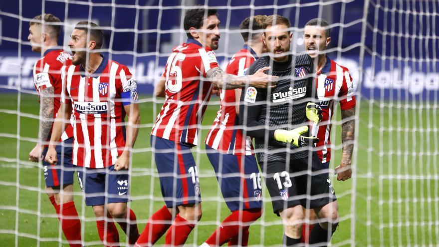 Luis Suárez y Oblak dan la victoria al Atlético de Madrid ante el Alavés