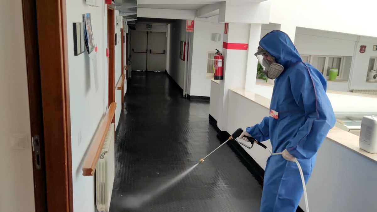 Limpieza en residencias de mayores en Estepona.