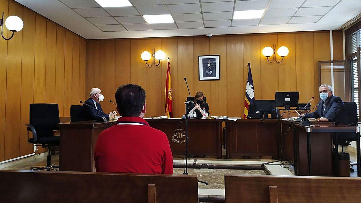 El hombre condenado, este jueves durante la vista en un juzgado de lo penal de Palma.