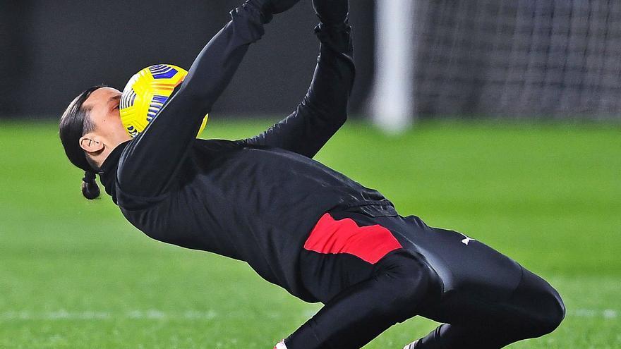 """Zlatan """"is back"""""""
