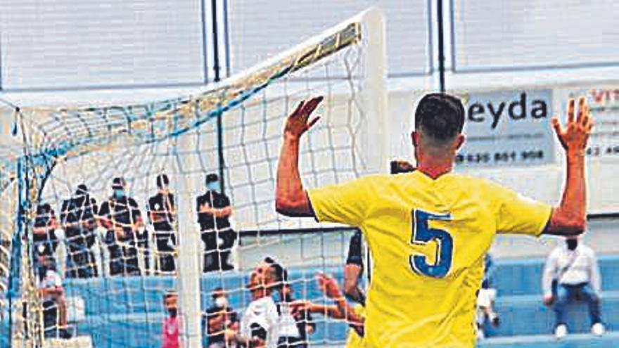 El Tenisca se clasifica para las semifinales del 'playoff' tras remontarle a Las Palmas C