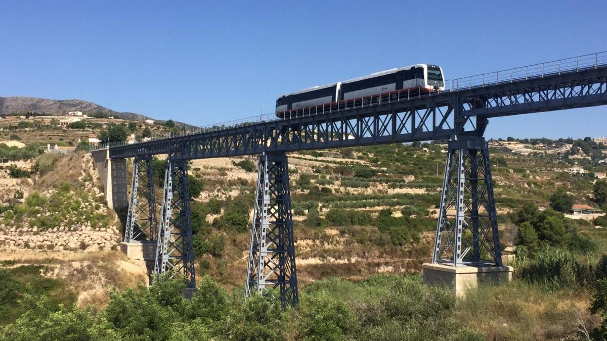 FGV abrirá el próximo viernes 31 el tramo remodelado de la línea del TRAM entre Calp y Teulada