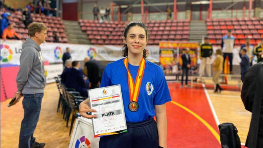 Adriana Hernández continúa su progresión con una plata en el Nacional absoluto