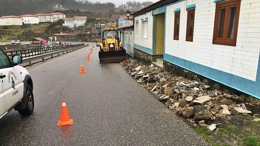 A Guarda arranca la reforma del acceso a la playa de Fedorento