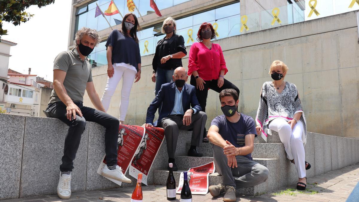 Els impulsors del Festival Internacional de Música Clàssica de Sant Fruitós de Bages en la presentació del cartell
