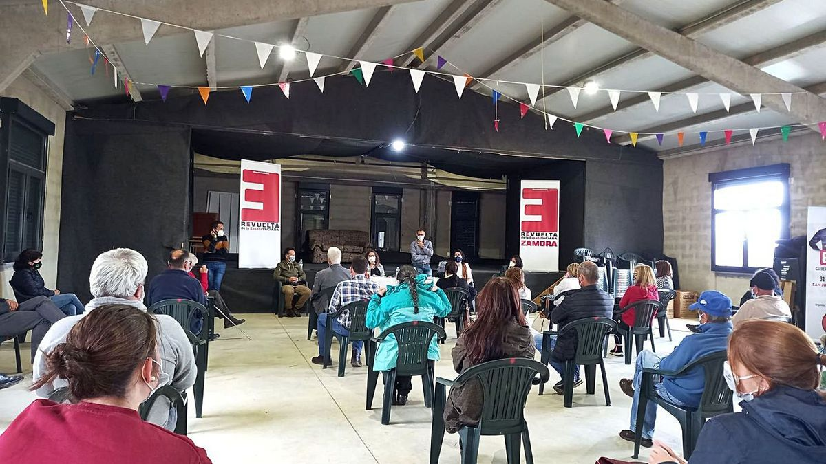 Un momento del encuentro de la España Vaciada en San Juan del Rebollar.   Cedida
