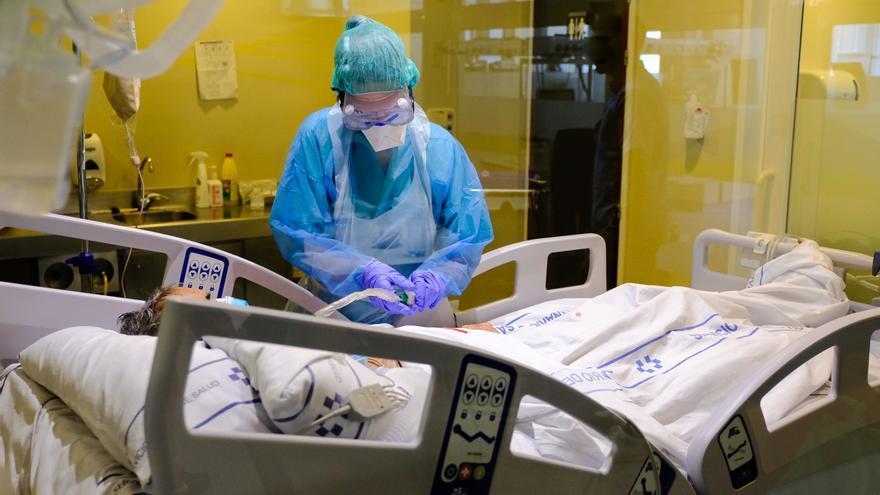 Canarias registra 80 pacientes hospitalizados por Covid, la cifra más baja del año