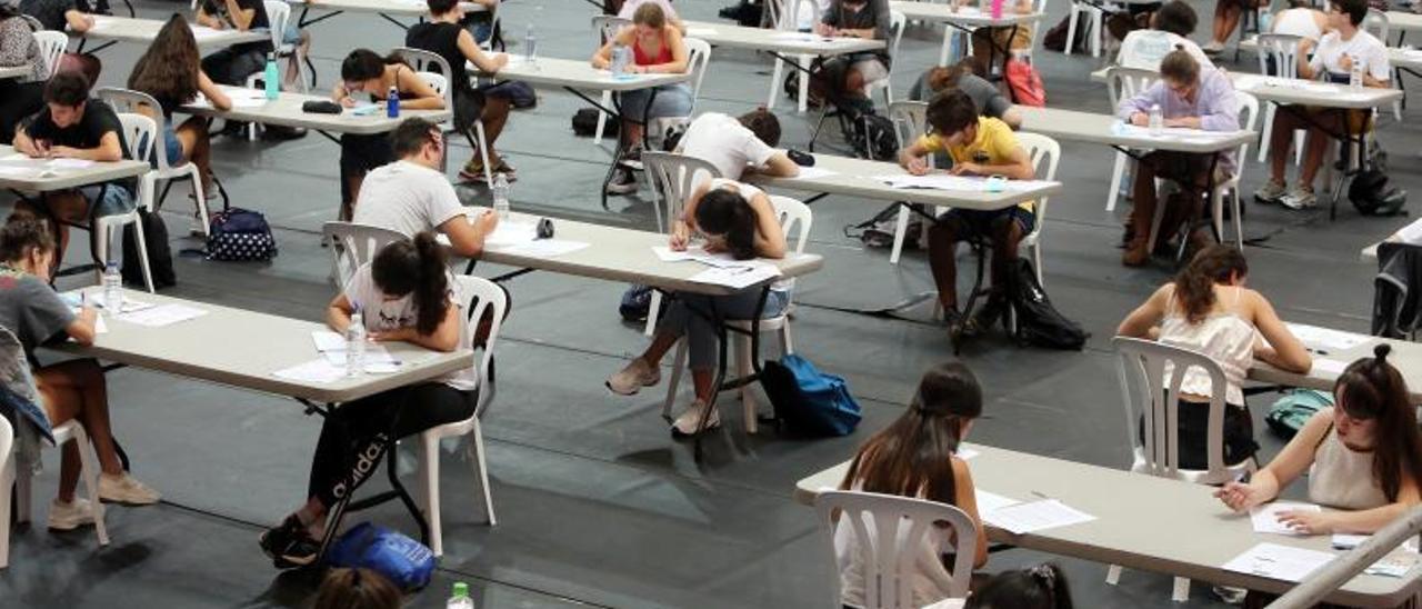 Estudiantes en la ABAU del pasado mes de julio en Vigo.