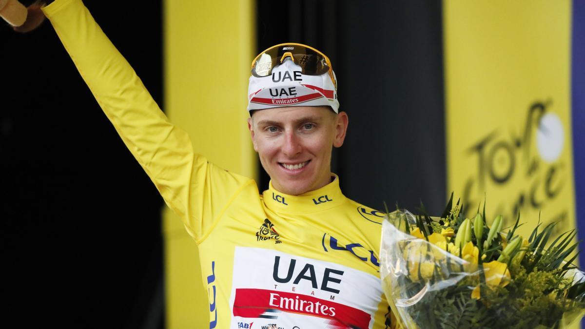 Tadej Pogacar sigue al frente de la clasificación del Tour de Francia.