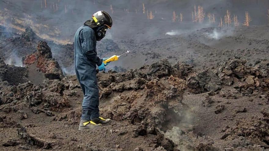 Bautismo de lava y cenizas en La Palma