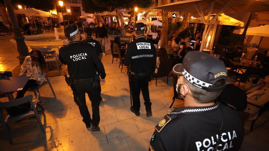 Restaurantes y bares de Elche podrán servir hasta las 23 horas y cerrar a medianoche