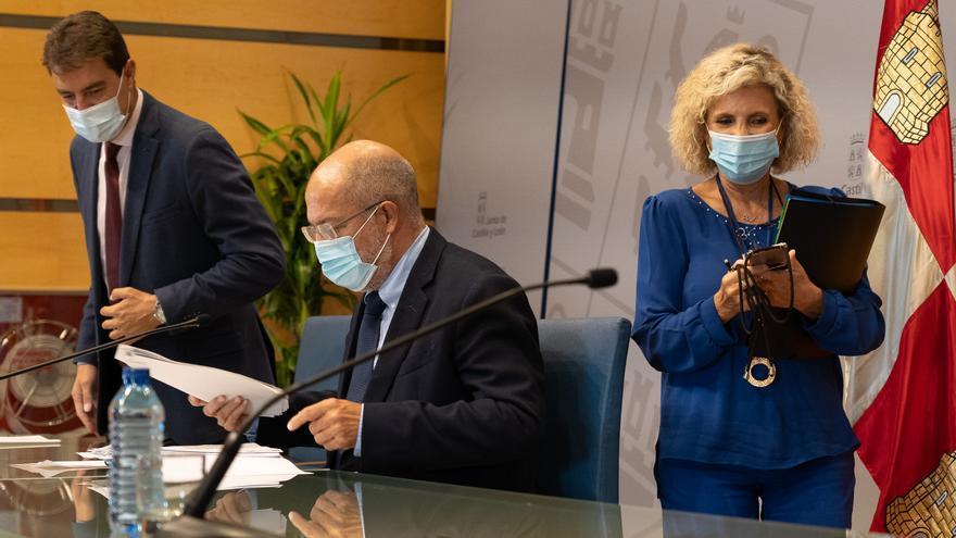 Castilla y León suma otros 494 positivos de COVID, 64 en las últimas 24 horas