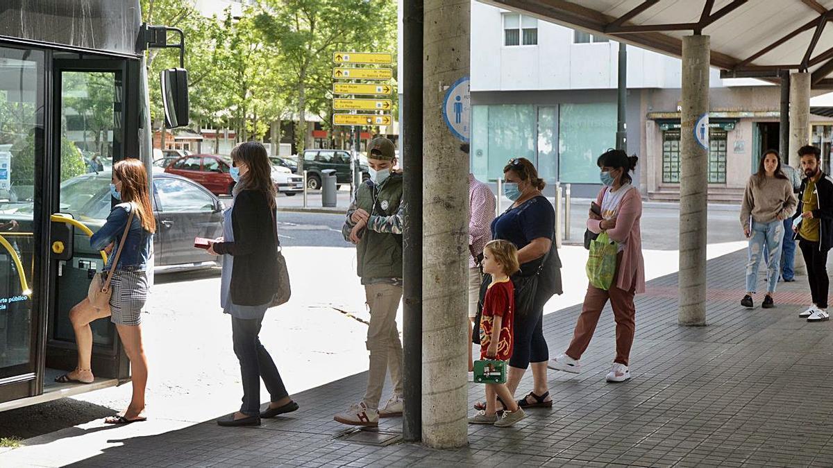 Marquesina de la plaza de Galicia, donde se intensificará la información.    // R. VÁZQUEZ