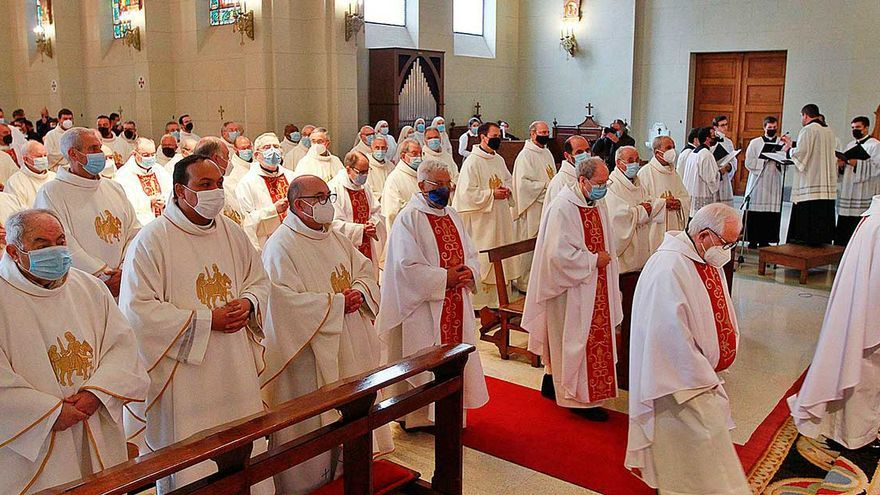 Su vocación no tuvo cura: sacerdotes que celebran hasta 60 años de su ordenación