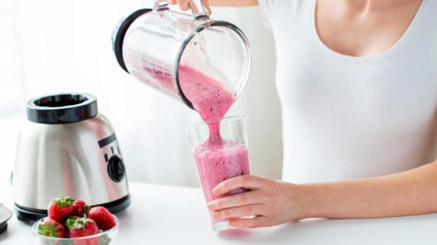 El batido quemacalorías que debes cenar para perder peso sin esfuerzo