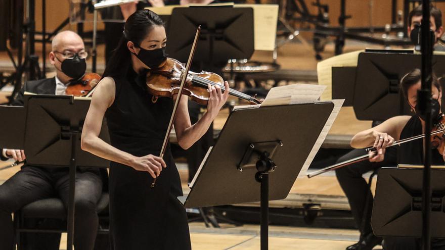 La OSPA cierra su programa con el director Bortolameolli y el pianista Trpceski