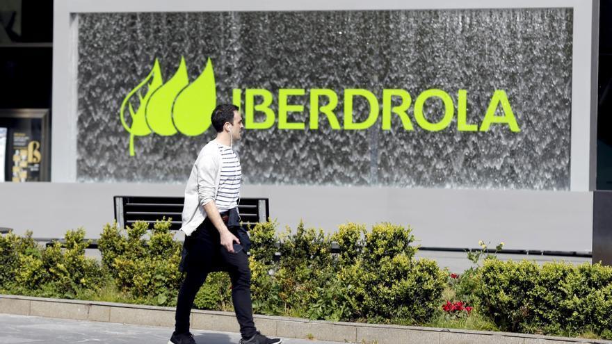 Iberdrola demanda a ACS por competencia desleal