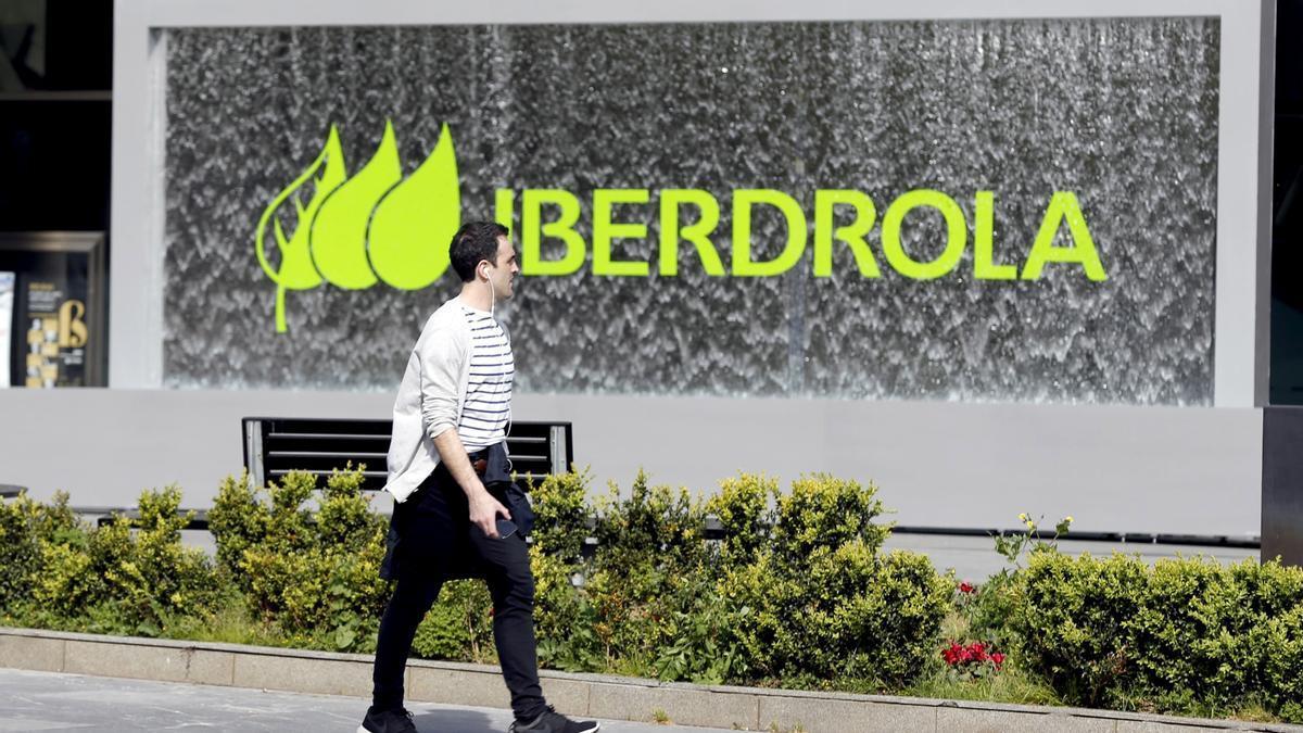Iberdrola demanda a ACS por competencia desleal por denigrarla con Villarejo.