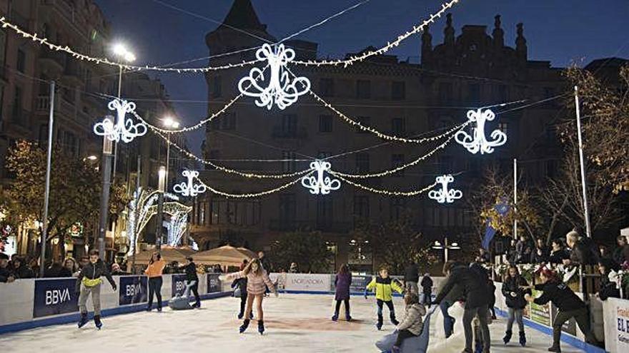 La pista de gel inaugura el cicle nadalenc a Manresa