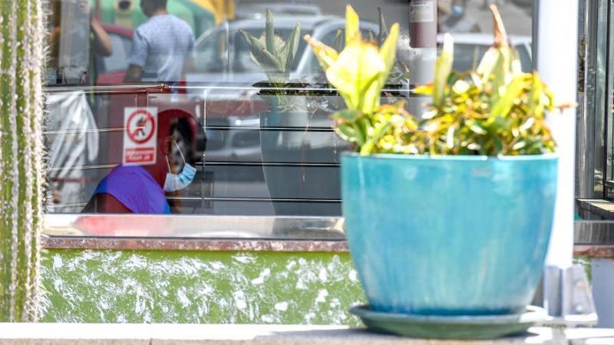 El empresario que aloja a los migrantes en Gran Canaria salva 72 empleos