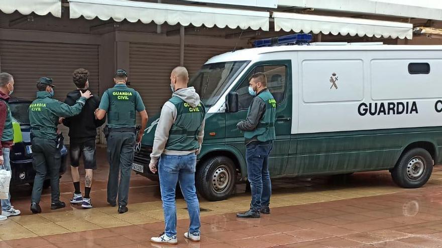 Festnahme von Rolex-Dieben nach Überfall auf Deutsche