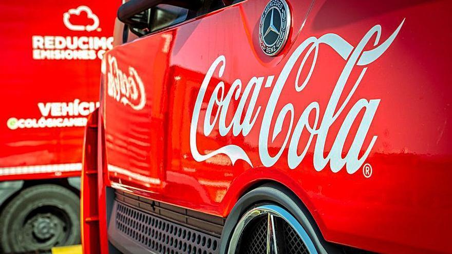 Coca-Cola alcanzará las emisiones cero en su cadena de producción en Europa en 2040