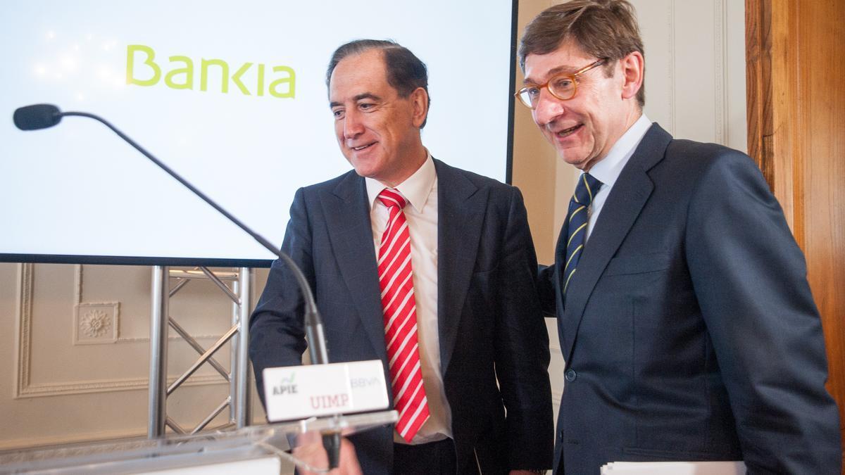 El presidente de Mapfre, Antonio Huertas, y el presidente de Bankia, José Ignacio Goirigolzarri