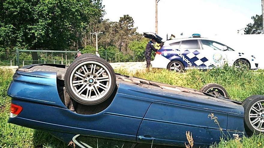 Las carreteras de Poio suman cuatro accidentes de tráfico con conductores dando positivo en alcohol
