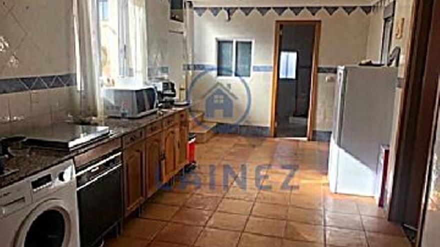 15.500 € Venta de piso en Peñarroya-Pueblonuevo, 3 habitaciones, 2 baños...