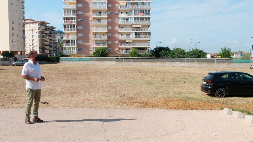 Benicàssim habilita en la zona sur 250 plazas para aparcar