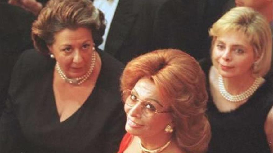 Arturo Fernández la piropeaba en el teatro