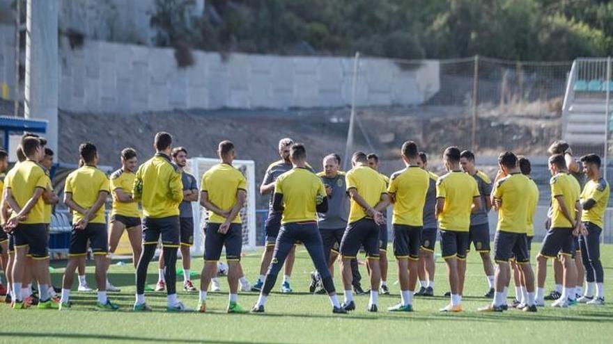 """Juan Manuel Rodríguez: """"Le he preguntado a cada jugador: ¿Tú crees en ti?"""""""