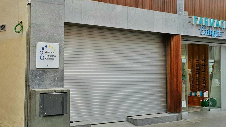 La oficina de la Agencia Tributaria Canaria del noroeste, sin abrir al año de terminarse