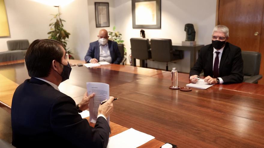 Castilla y León exige a Renfe recuperar todos los servicios suspendidos